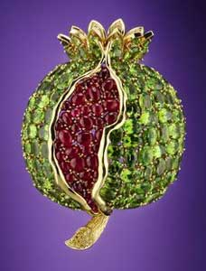 Pomegranate brooch by Fulco