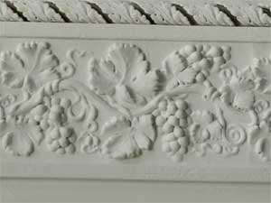 Early vine leaf moulding