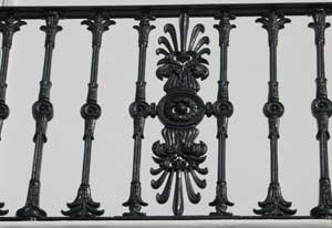 CAST-IRON-BALCONYbrackets-WEB